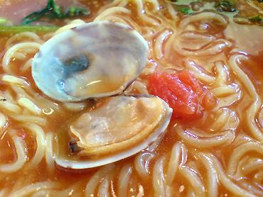 最後スープに米をぶち込むお勧め「らありぞ」は我慢