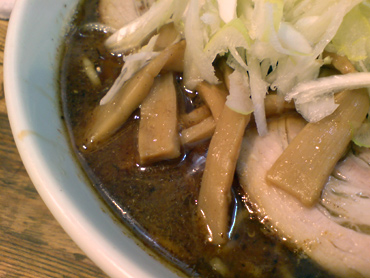 つけ麺も試したくなるスープ