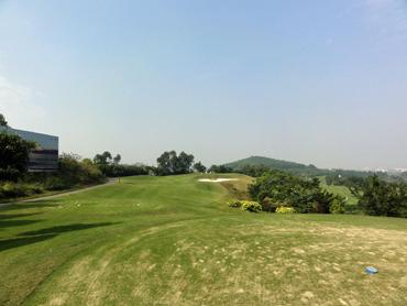 光明高爾夫球会