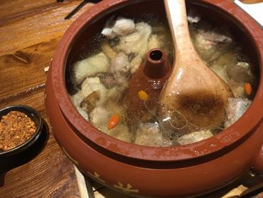 松茸汽鍋鶏