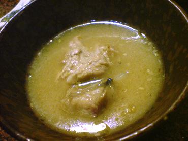 スープは油っぽい味噌ラーメン仕様で台無し