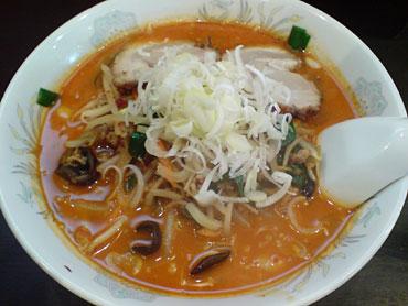 色んな意味で韓国クラブで食べる辛ラーメンの勝ち